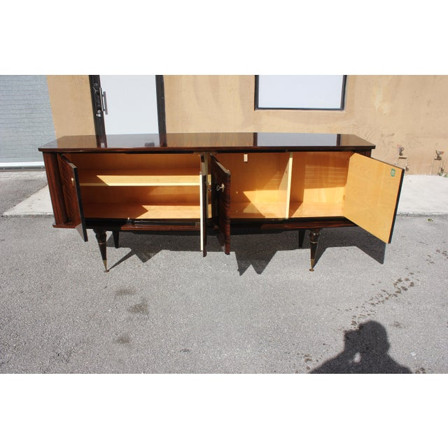 1940s 1940s Art Deco Exotic Macassar Ebony Sideboard / Buffet For Sale - Image 5 of 13