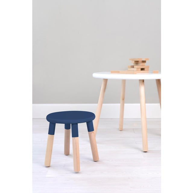 Contemporary Peewee Kids Chair in Maple With Deep Blue Finish For Sale - Image 3 of 5