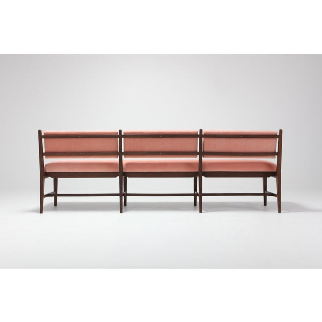 Midcentury Scandinavian Modern Bench in Pink Velvet and Wenge For Sale - Image 4 of 9