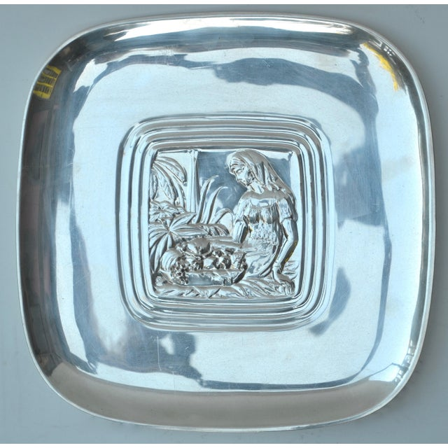 "Art Deco International Silver Co. ""Tropical"" Pattern Tray, c 1940s For Sale In Los Angeles - Image 6 of 6"