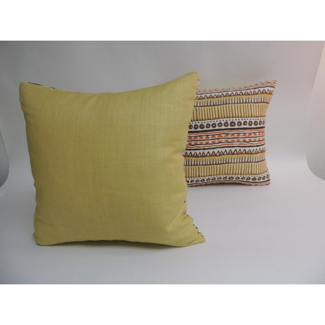 Pair of Vintage Mod Graphic Yellow, Brown and Orange Printed Decorative Linen Square Pillows - Image 4 of 5