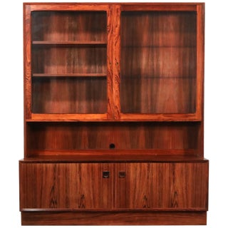 Rosewood Danish Modern Display Cabinet by Eric Brouer for Brouer Møbelfabrik For Sale