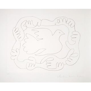 Pablo Picasso Lithograph - Mains Et Colombe