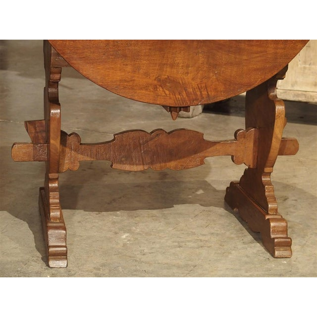 Pair of Antique Walnut Drop Leaf Side Tables From Italy, Circa 1900 For Sale In Dallas - Image 6 of 12