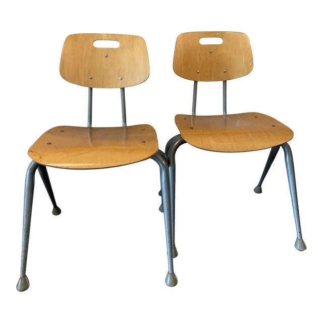 1950s Vintage Brunswick Wooden School Chairs With Bent Tubular Steel Legs - a Pair For Sale