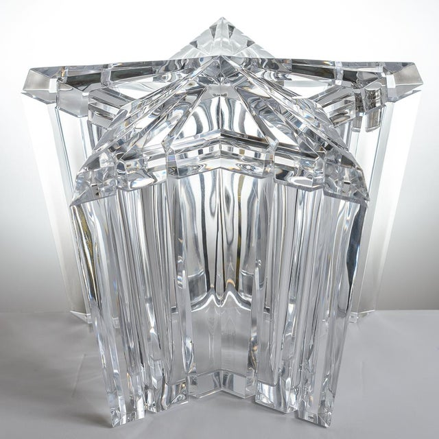 Mid-Century Modern Lucite/Acrylic Star Shape Ice Bucket - Image 2 of 11