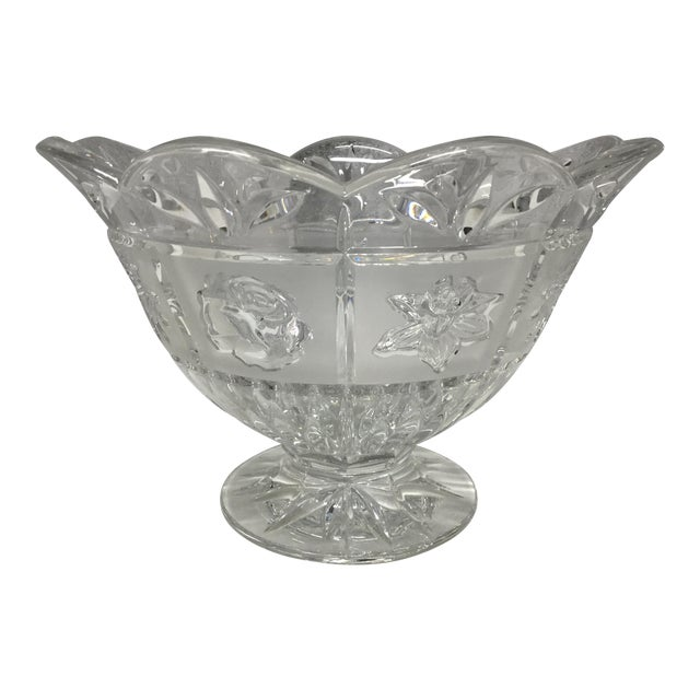 Late 20th Century Daisies, Roses & Dafodiles Lead Crystal Pedestal Bowl For Sale