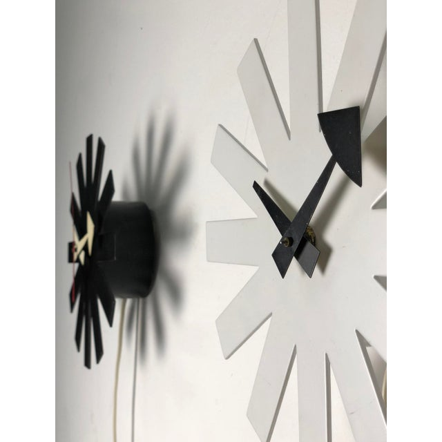Paint 1950s Mid-Century Modern George Nelson for Howard Miller White Asterisk Clock For Sale - Image 7 of 11