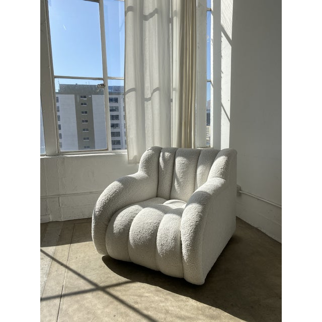 Postmodern Bouclé Clam Chair & Ottoman For Sale In Los Angeles - Image 6 of 10