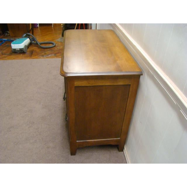 1990s 1990s French Country Pennsylvania House Solid Maple Chest For Sale - Image 5 of 9