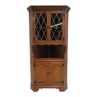 Ethan Allen Heirloom Nutmeg Maple Corner Cabinet Curio Hutch For Sale