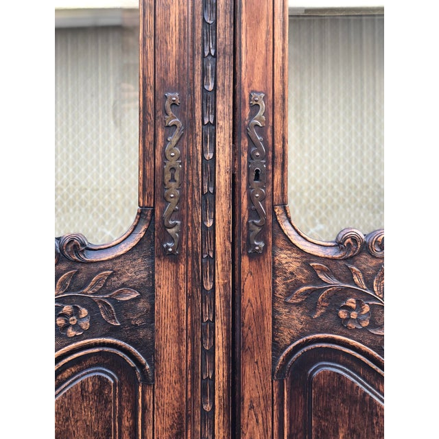 19th Century French Armoire / Display Cabinet For Sale - Image 4 of 12