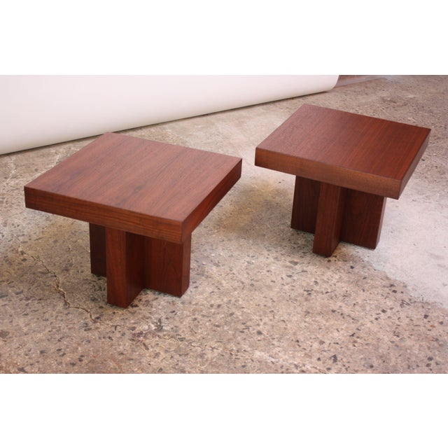 Brown Pair of Milo Baughman 'Cruciform' End Tables For Sale - Image 8 of 13