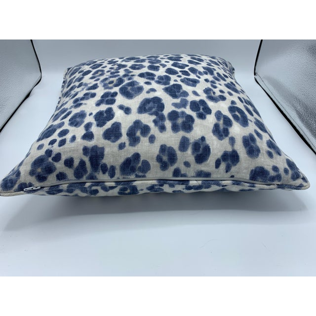 Thibaut 'Panthera' Blue and White Panther Motif on Linen Pillows, Pair For Sale In Richmond - Image 6 of 8