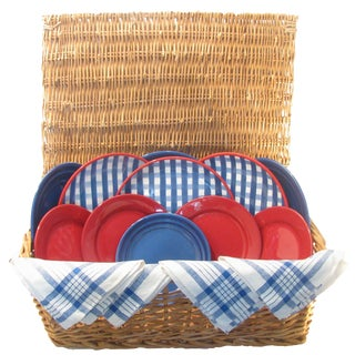 Red, White, & Blue Picnic Hamper, 16 Pieces For Sale