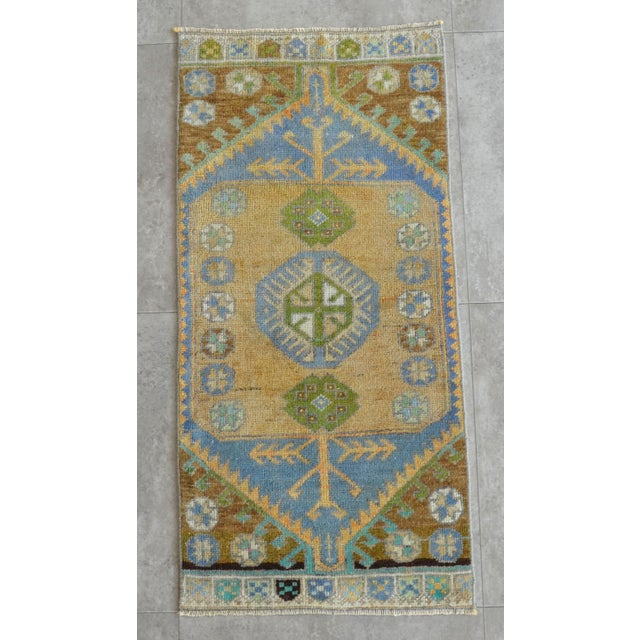 Hollywood Regency Hand Knotted Door Mat, Entryway Rug, Bath Mat, Kitchen Decor, Small Rug, Turkish Rug - 1′7″ × 3′4″ For Sale - Image 3 of 5