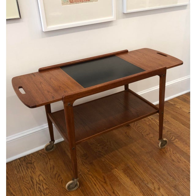 Mid-Century Modern 1960's Mid-Century Modern Wooden Bar Cart For Sale - Image 3 of 9