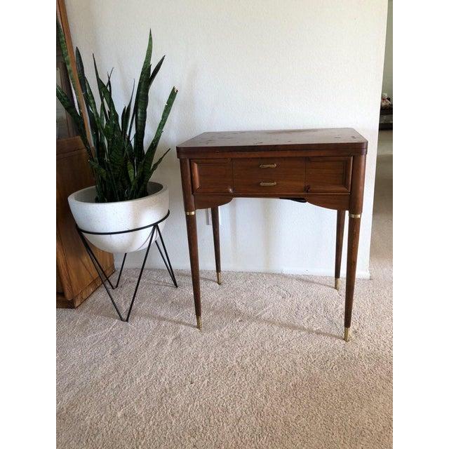 Vintage Mid-Century Singer Sewing Machine Desk - Image 3 of 9