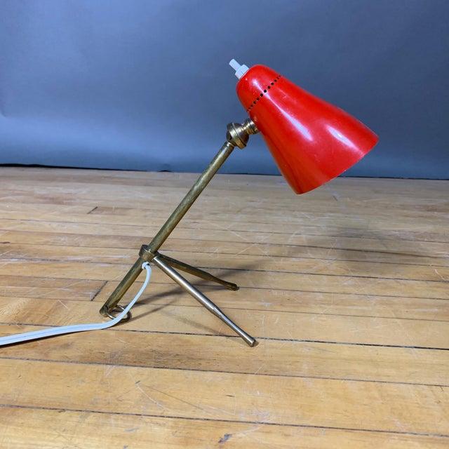 """Red Giuseppe Ostuni 1950s """"Ochetta"""" Lamp for Oluce, Italy For Sale In New York - Image 6 of 9"""