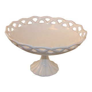 Mid-Centurary White Milk Glass Fruit Bowl For Sale