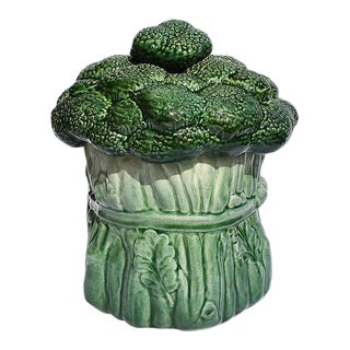 Mid Century Modern Ceramic Green Vegetable Broccoli Trompe L'oeil Cookie Jar For Sale