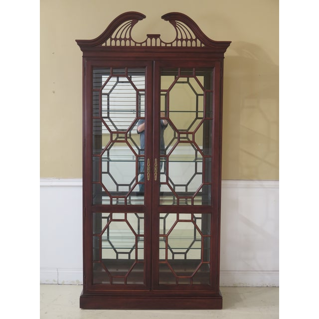 Lineage Chippendale Style Cherry 2 Door Curio Cabinet For Sale - Image 11 of 11