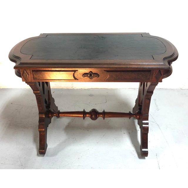 Beautifully detailed Eastlake Victorian Side Table / writing desk with gobs of style and patina. Single divided drawer....