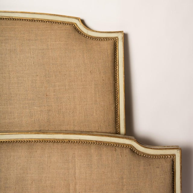 French 1940s French Louis XV Style Burlap Queen Size Bedframe For Sale - Image 3 of 7