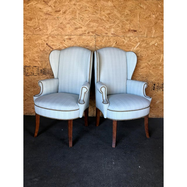 1900 - 1909 Pair of Wingback Studded Captain Chairs For Sale - Image 5 of 6