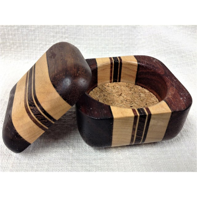 This beautifully crafted and executed box measures approximately 1 3/4 inches tall, 2 1/4 inches tall and 2 1/4 inches...