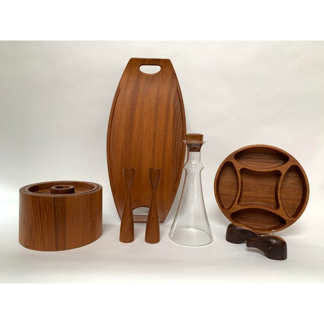 Danish Modern Vintage Mid-Century Modern Danish Teak Barware Tray and Serving Set For Sale - Image 3 of 13