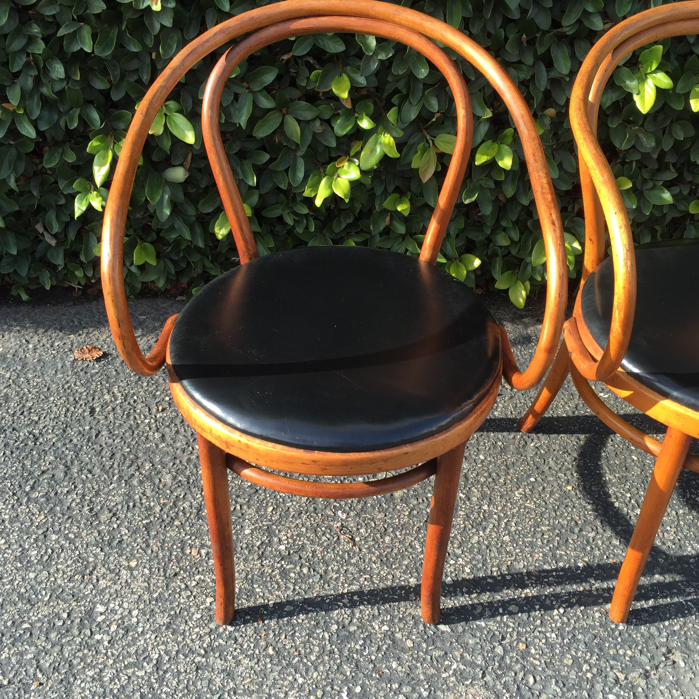 Vintage Thonet B9 Bentwood Chairs   Set Of 4   Image 5 Of 5