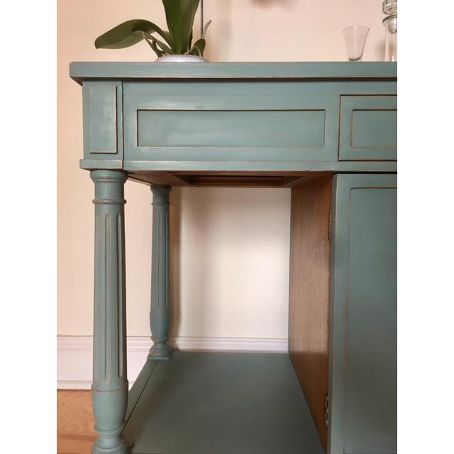 Shabby Chic Thomasville Blue Wood Buffet / Server For Sale - Image 3 of 10