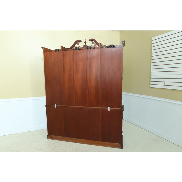 Kittinger Richmond Hill Collection Mahogany Breakfront For Sale - Image 12 of 13