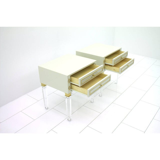 Brass Pair of Nightstands, Lucite, Wood and Brass, 1970s For Sale - Image 7 of 9