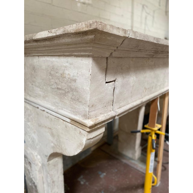 French Provincial Louis XIII Antique Limestone Mantel, circa 1820 For Sale - Image 3 of 5