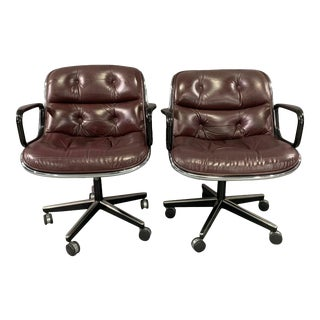 Charles Pollock for Knoll Executive Chairs - a Pair For Sale