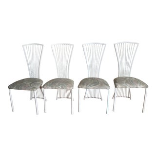 1990s Vintage White Shaver Howard Style Dining Chairs- Set of 4 For Sale