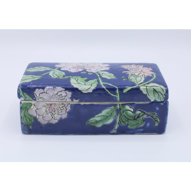 Asian Antique Asian Ceramic Floral Peonies Jewelry Box For Sale - Image 3 of 13