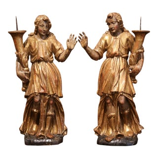 Pair of 18th Century Italian Carved Giltwood and Polychrome Angel Statues For Sale