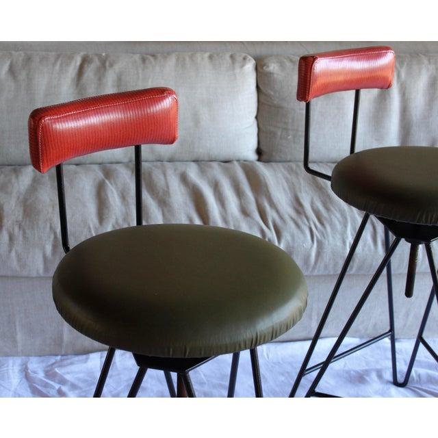 Mid Century Modern Italian Wrought Iron Adjustable Height Bar Stools Arthur Umanoff Style- a Pair For Sale - Image 4 of 11