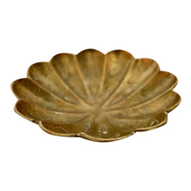 Vintage Brass Scalloped Coin Dish Bowl - Image 1 of 4