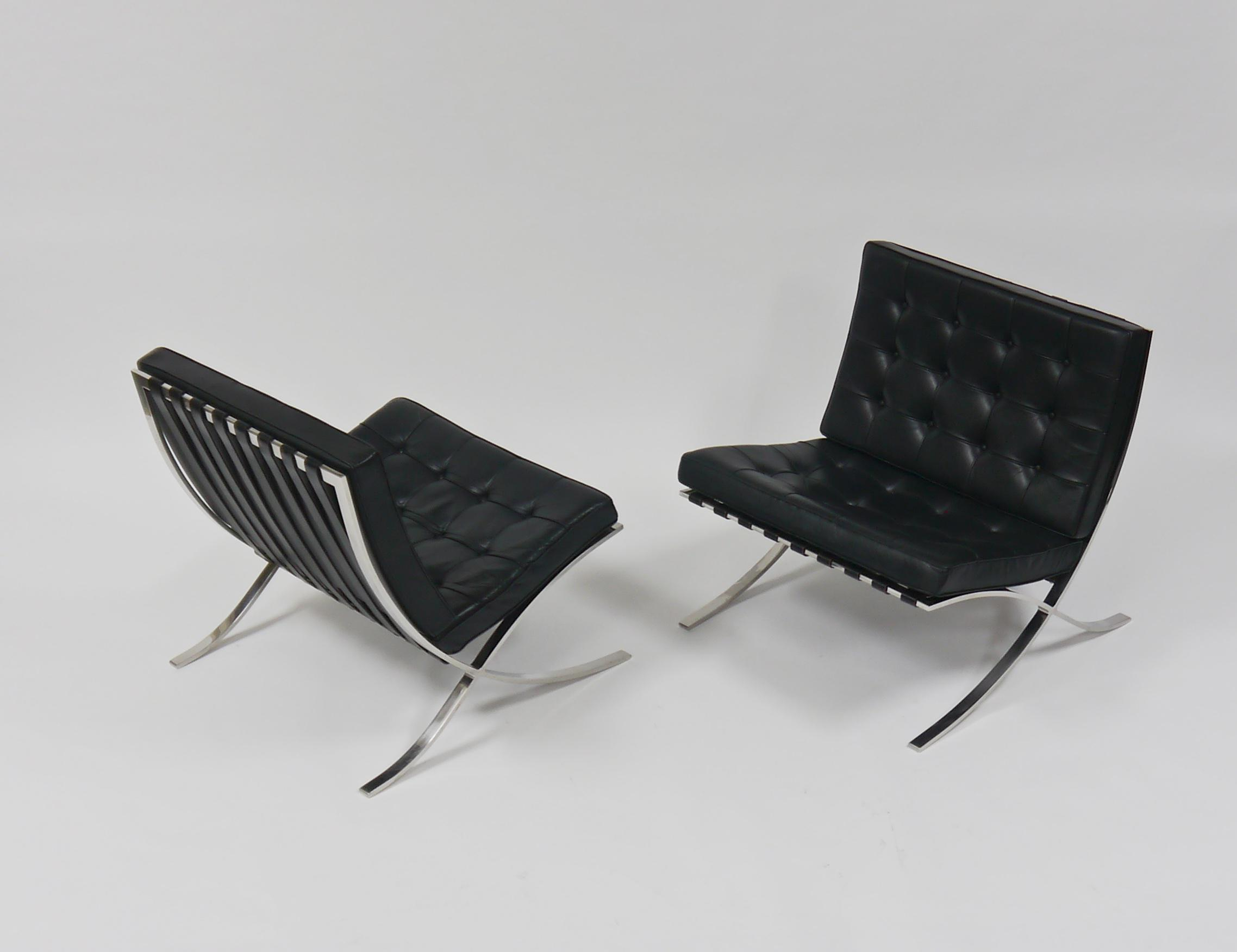 Exceptional Pair Of Barcelona Chairs By Mies Van Der Rohe For Knoll   Image  10 Of