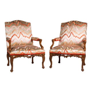 1990s Neoclassical Quatrain George II Type Carved Palm Frond Chairs - a Pair