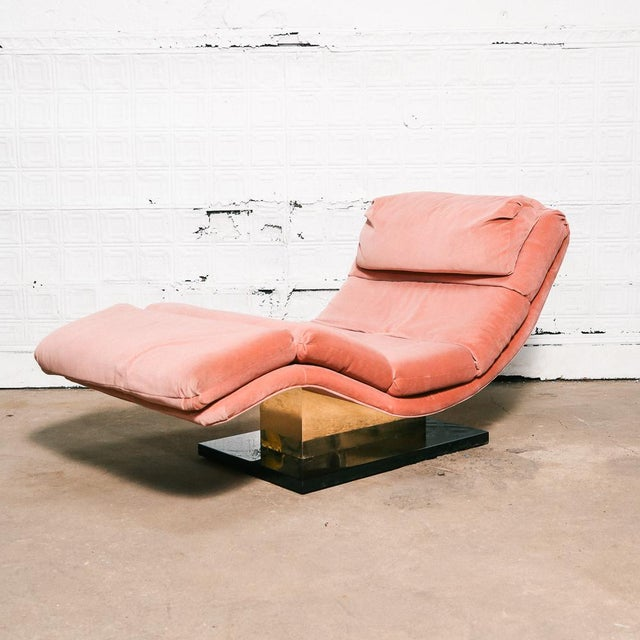Pink Velvet and Brass Chaise Longue For Sale - Image 10 of 10