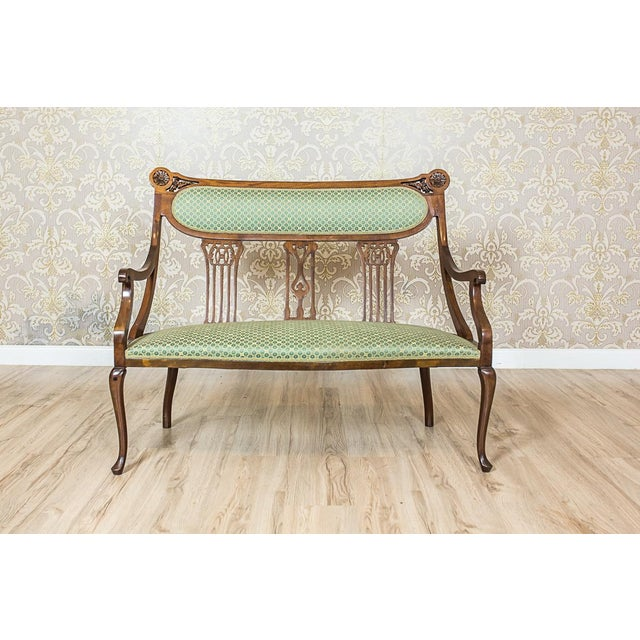We present you this set composed of a two-seat sofa, and two armchairs. The whole is kept in the Art Nouveau stylistics....