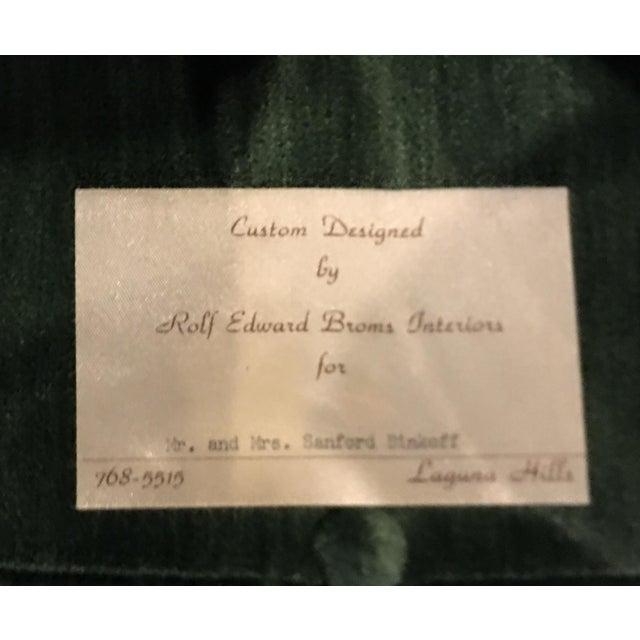 Silk Rolf Edward Broms - Emerald Green Silk Velvet Hollywood Regency Sofa By For Sale - Image 7 of 8