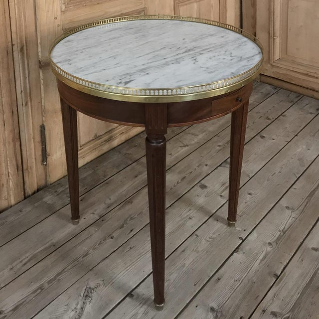 19th Century French Directoire Marble Top Round End Table For Sale - Image 4 of 13