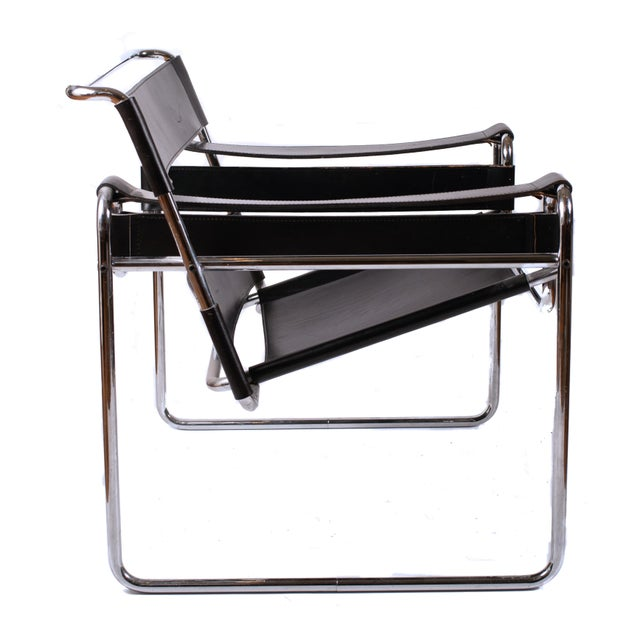 Mid-Century Modern Vintage Marcel Breuer Mid Century Modern Wassily Black Strap Leather Chair For Sale - Image 3 of 6