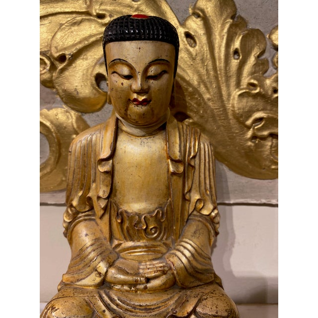 19th Century Chinese Qing Dynasty Carved Buddha For Sale - Image 4 of 8